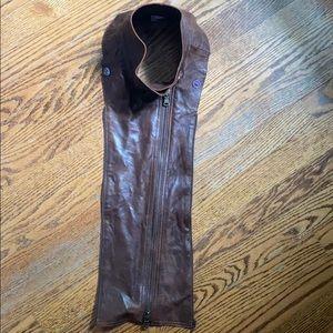 Brown leather Dickie. Veronica beard.